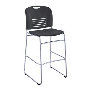 Vy 30 Bar Stool