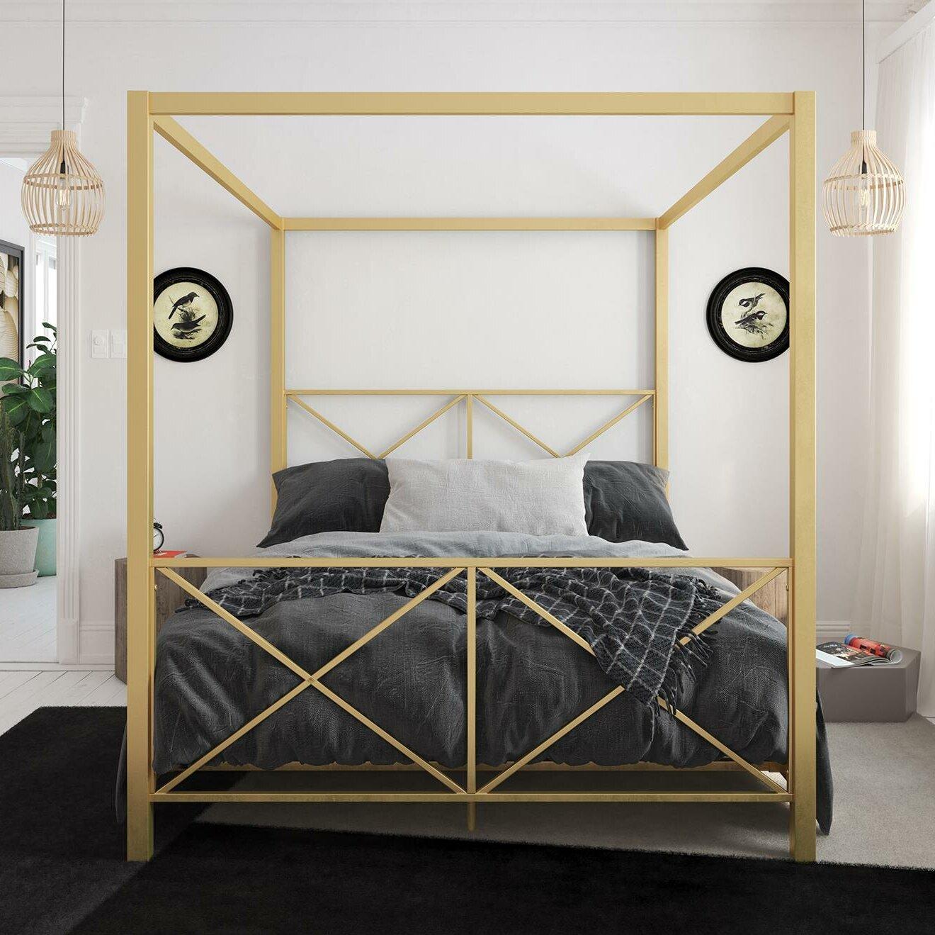 Gilma canopy bed