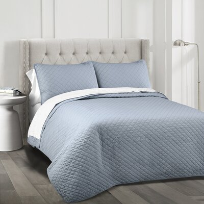 The Twillery Co. Shuler 3 Piece Quilt Set Color: Blue, Size: King