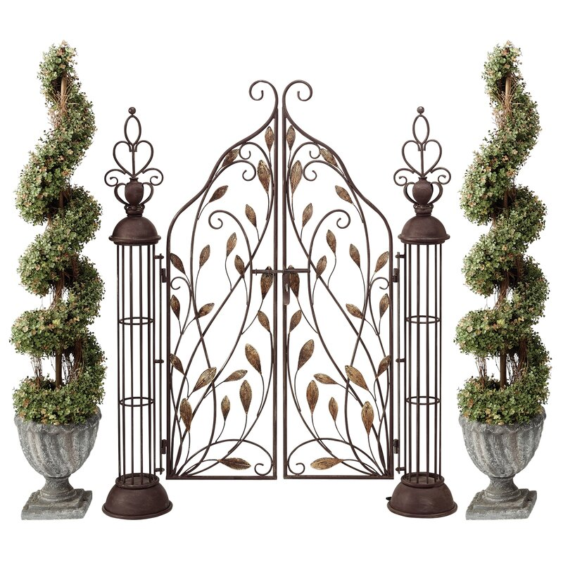 Superb The Princessu0027 Entryway Metal Garden Gate