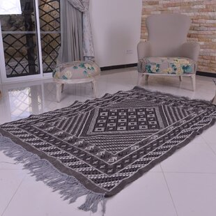 Best Reviews One-of-a-Kind Flaxville Handmade Kilim 5' x 6'7 Wool Off-White/Black Area Rug By Isabelline