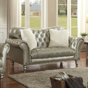 Malmesbury Loveseat by House of Hampton