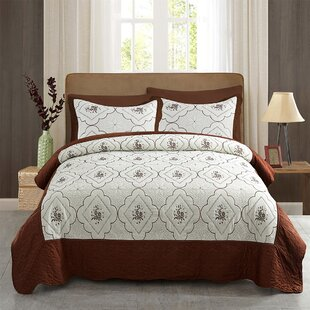 King Size Quilts & Coverlets You'll | Wayfair Red Quilt Bedroom Decorating Ideas Html on quilt pink, quilt books, quilt home, quilt halloween, quilt bedroom design, quilt room ideas, quilt kitchen, quilt storage, quilt color, quilt fabrics, quilt modern, quilt green,