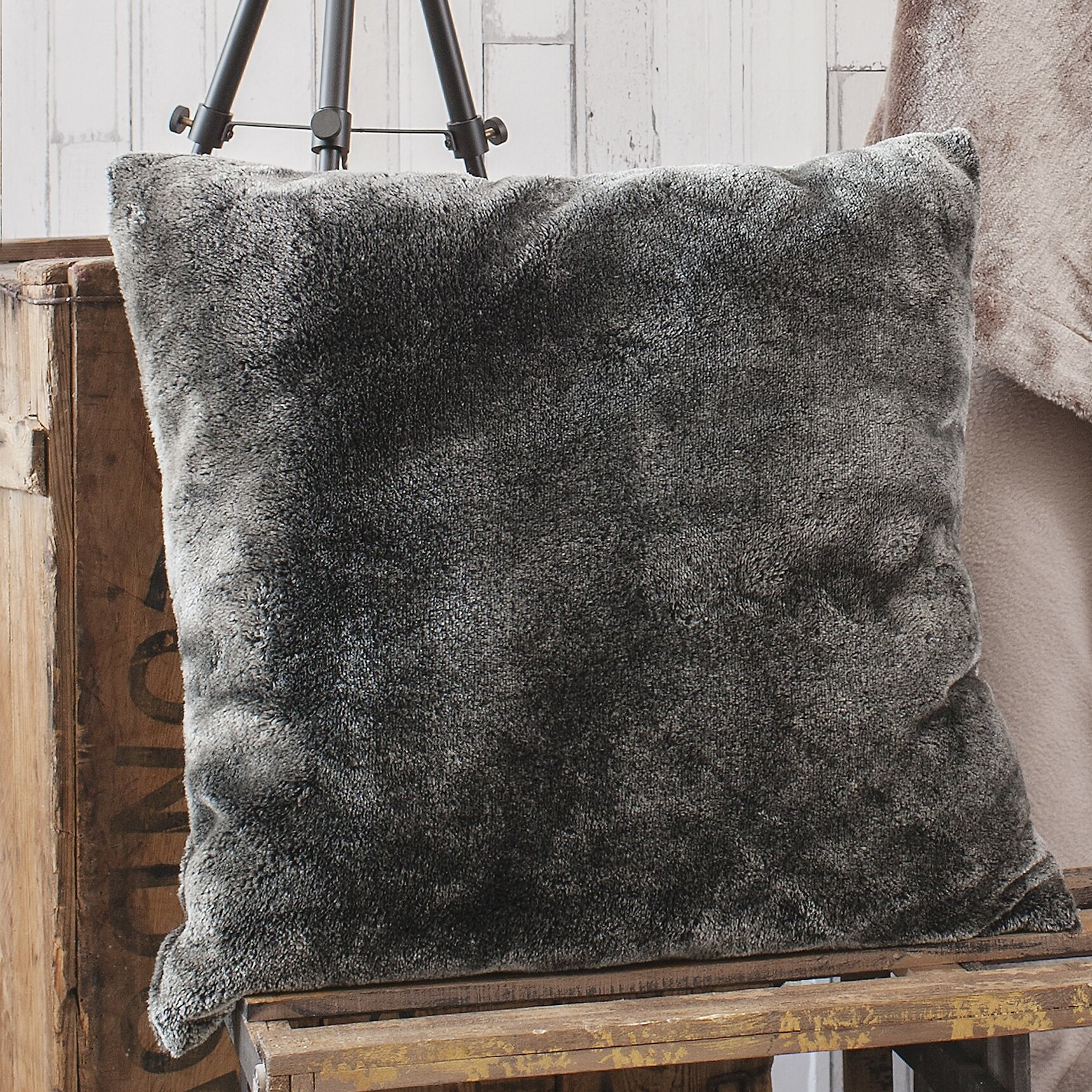 Kaius Scatter Cushion