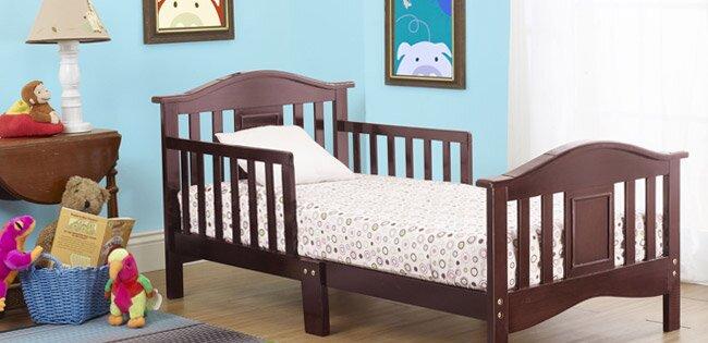 ratgeber das richtige bett f r ihr kleinkind. Black Bedroom Furniture Sets. Home Design Ideas