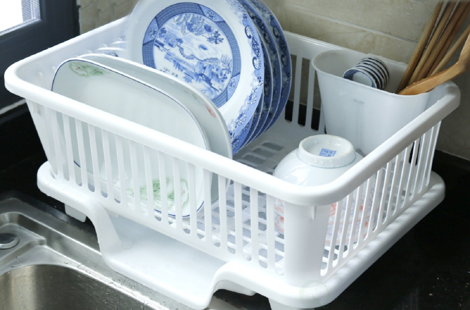 Basicwise Plastic Dish Rack with Drain Board and Utensil Cup ...