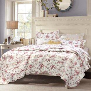surrett shabby elegance vintage rose quilt set - Vintage Bedding