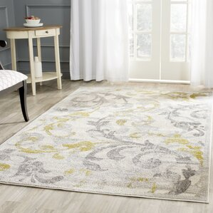 Nice Maritza Floral Ivory/Light Gray Indoor/Outdoor Area Rug