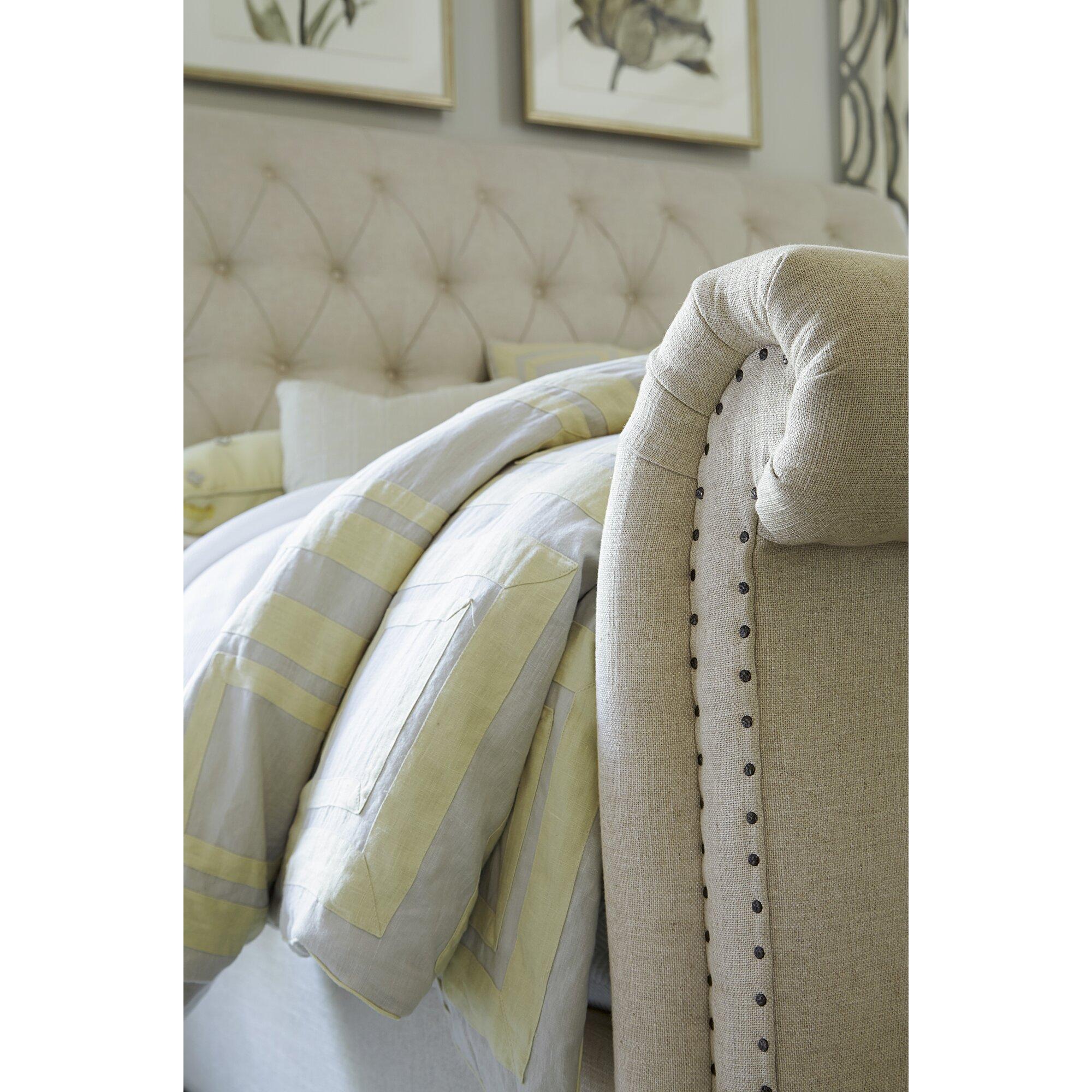 Twin Unisex Nursery 1 further Universal Furniture New Bohemian Sleigh Bed 45075B 45076B UNI4044 besides Dorm Room additionally Best Home Decorating Ideas additionally Meiden Tiener Kamer. on uni nursery inspiration
