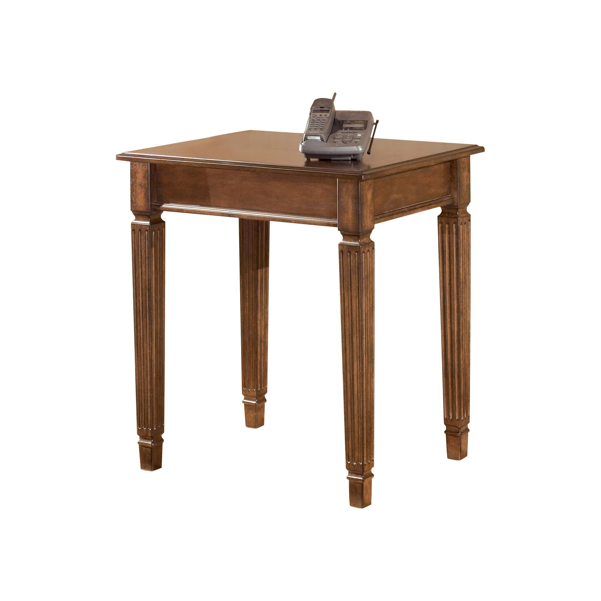 Signature Design by Ashley Hamlyn Corner Table & Reviews | Wayfair