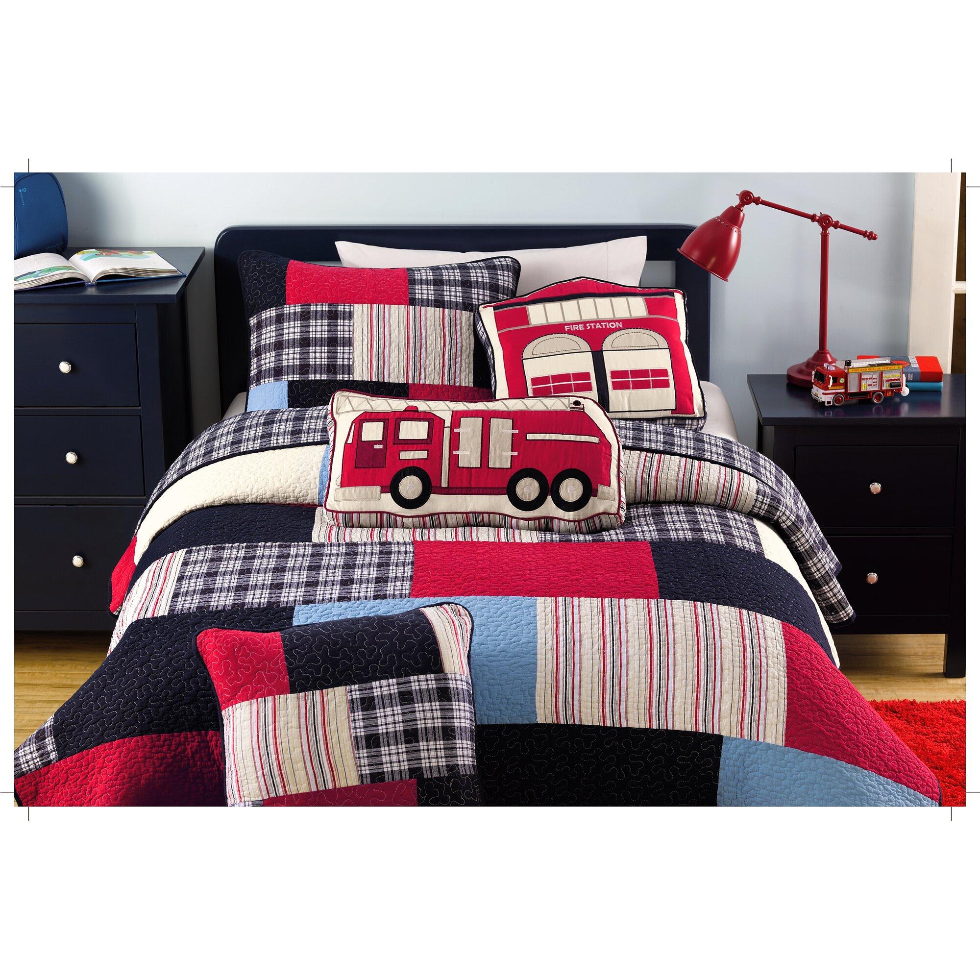 Bed sheet set with quilt - Patchwork Quilt Set