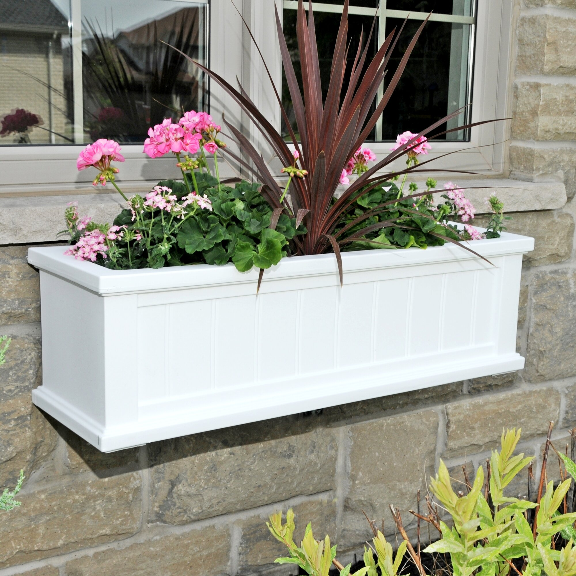 Mayne Inc Cape Cod Self Watering Plastic Window Box