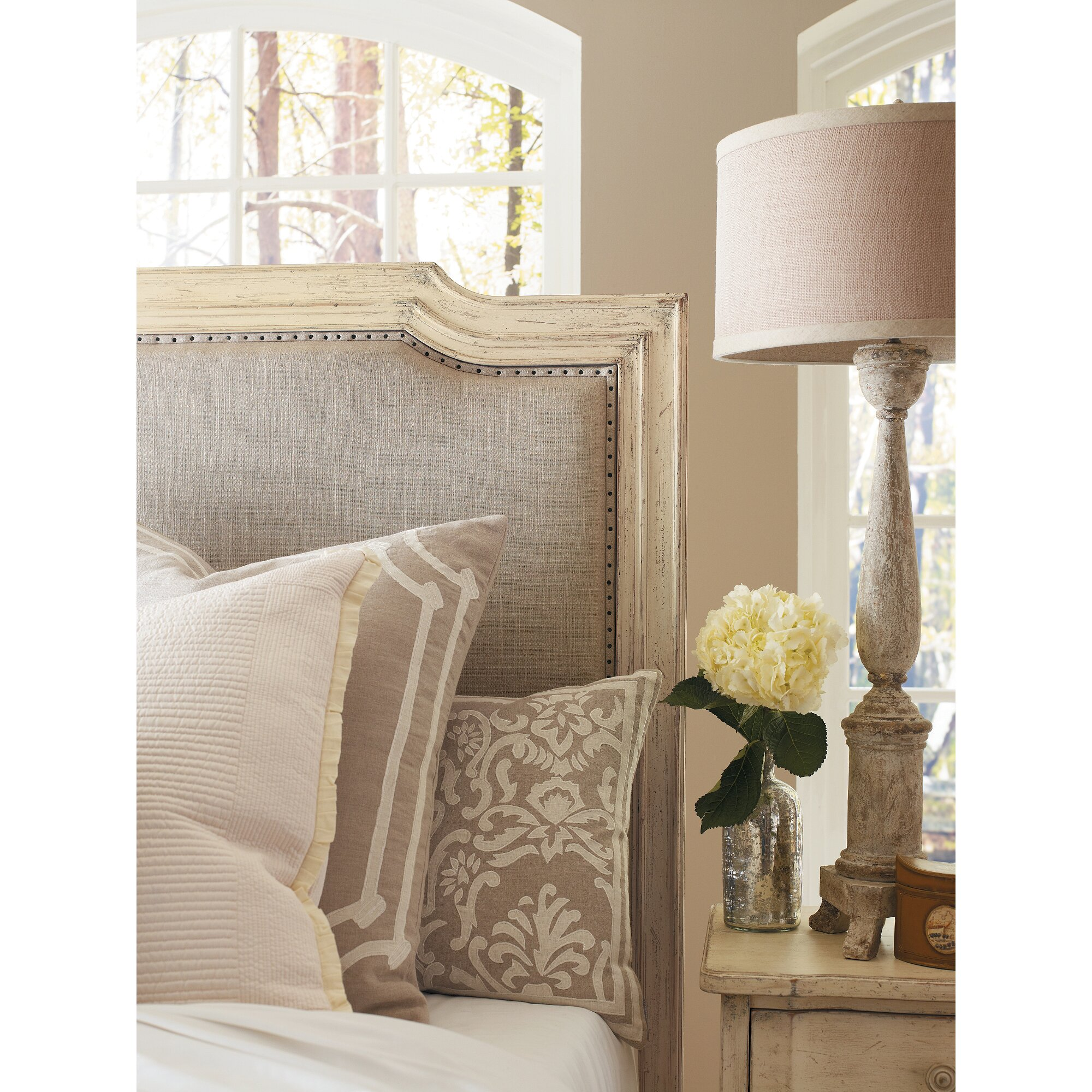 Canora Grey Lewiston Upholstered Panel Bed & Reviews
