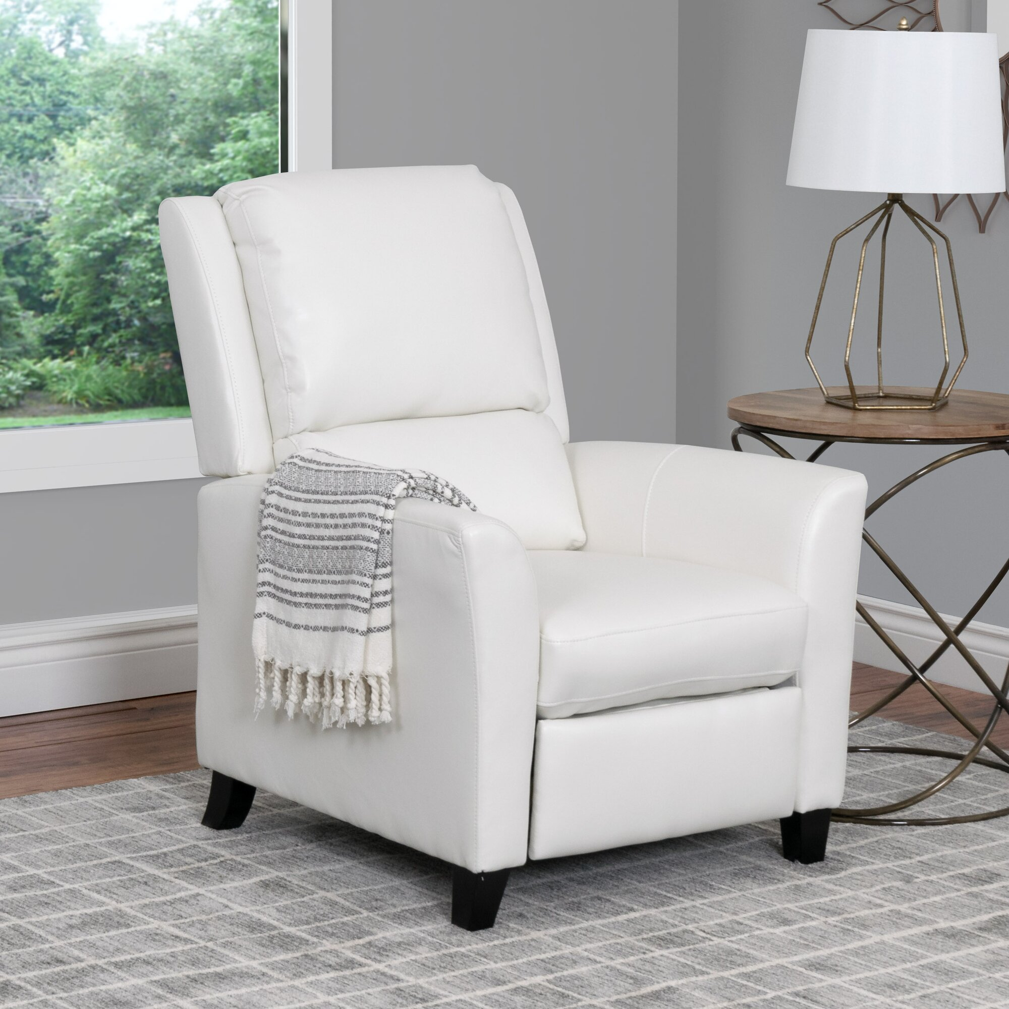 apartment size recliners