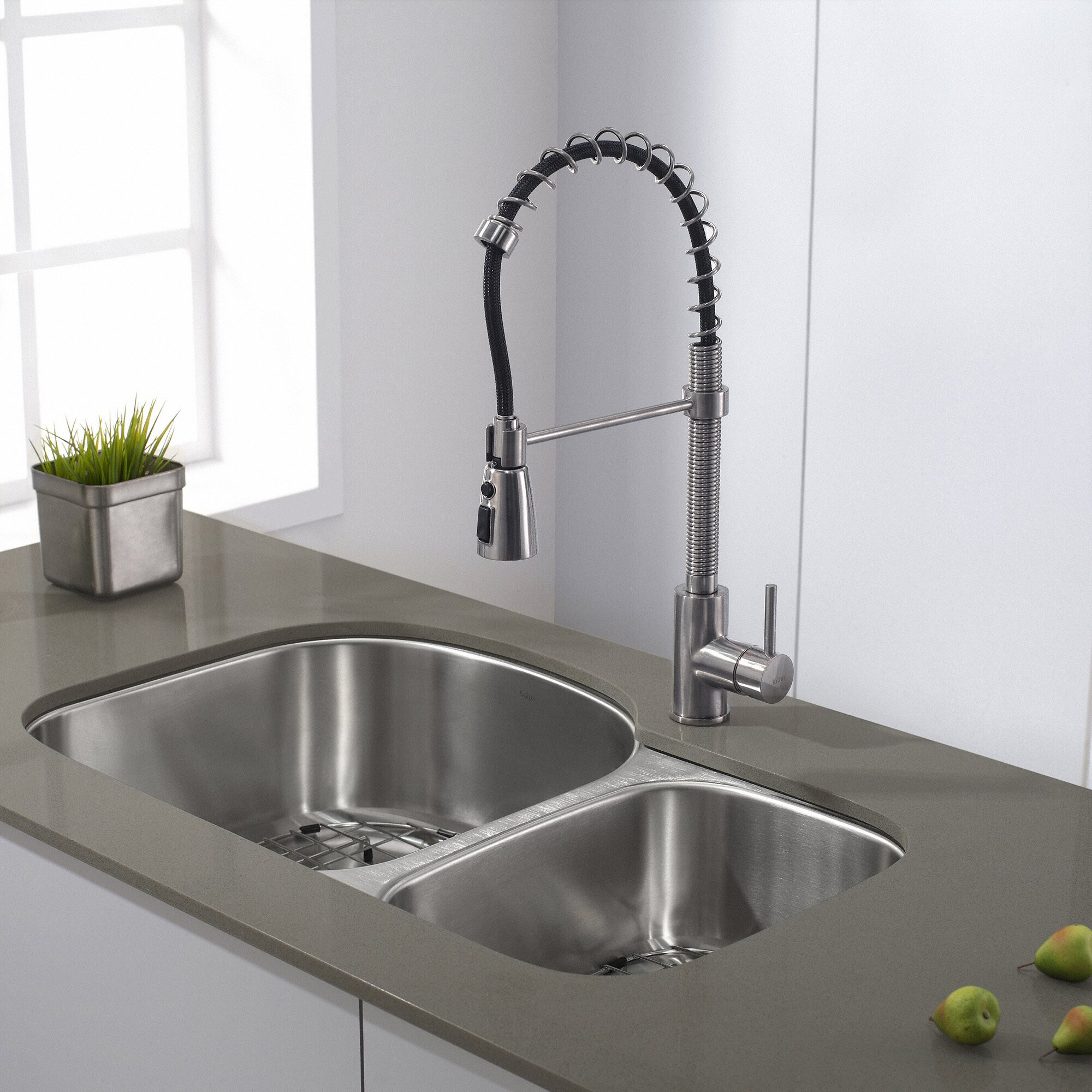 Single Handle Pull Down Kitchen Faucet With 3 Function