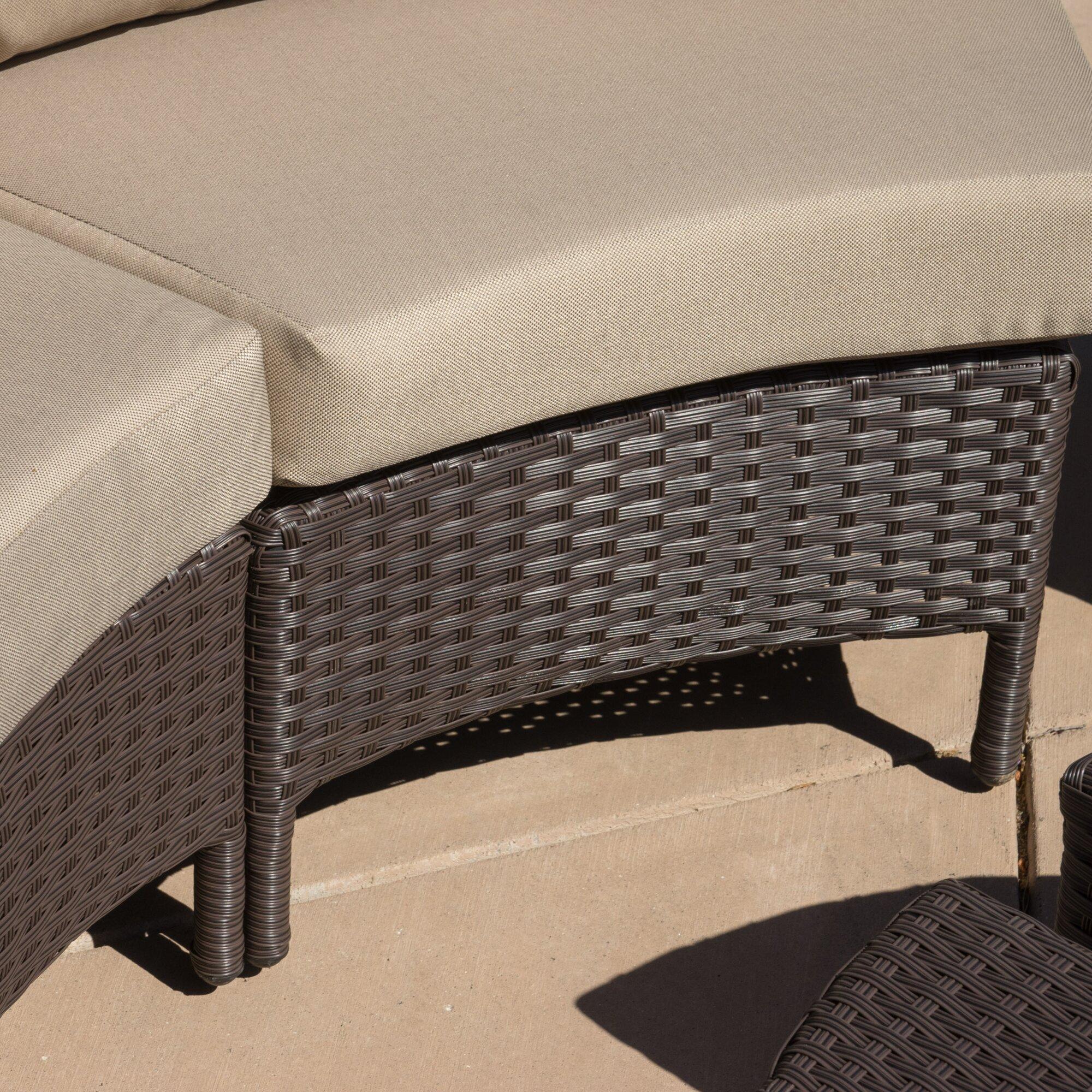 Hamiltonas Wicker 10 Piece Lounge Seating Group With