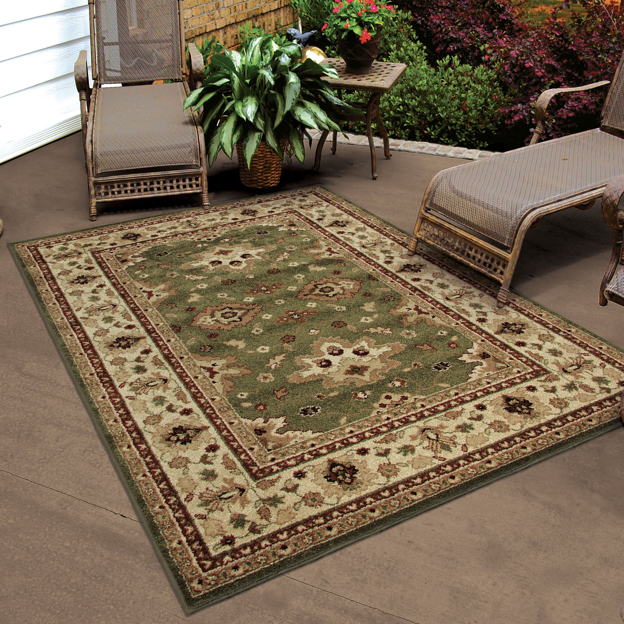 Threadbind montrose green indoor outdoor area rug for Indoor outdoor carpet green