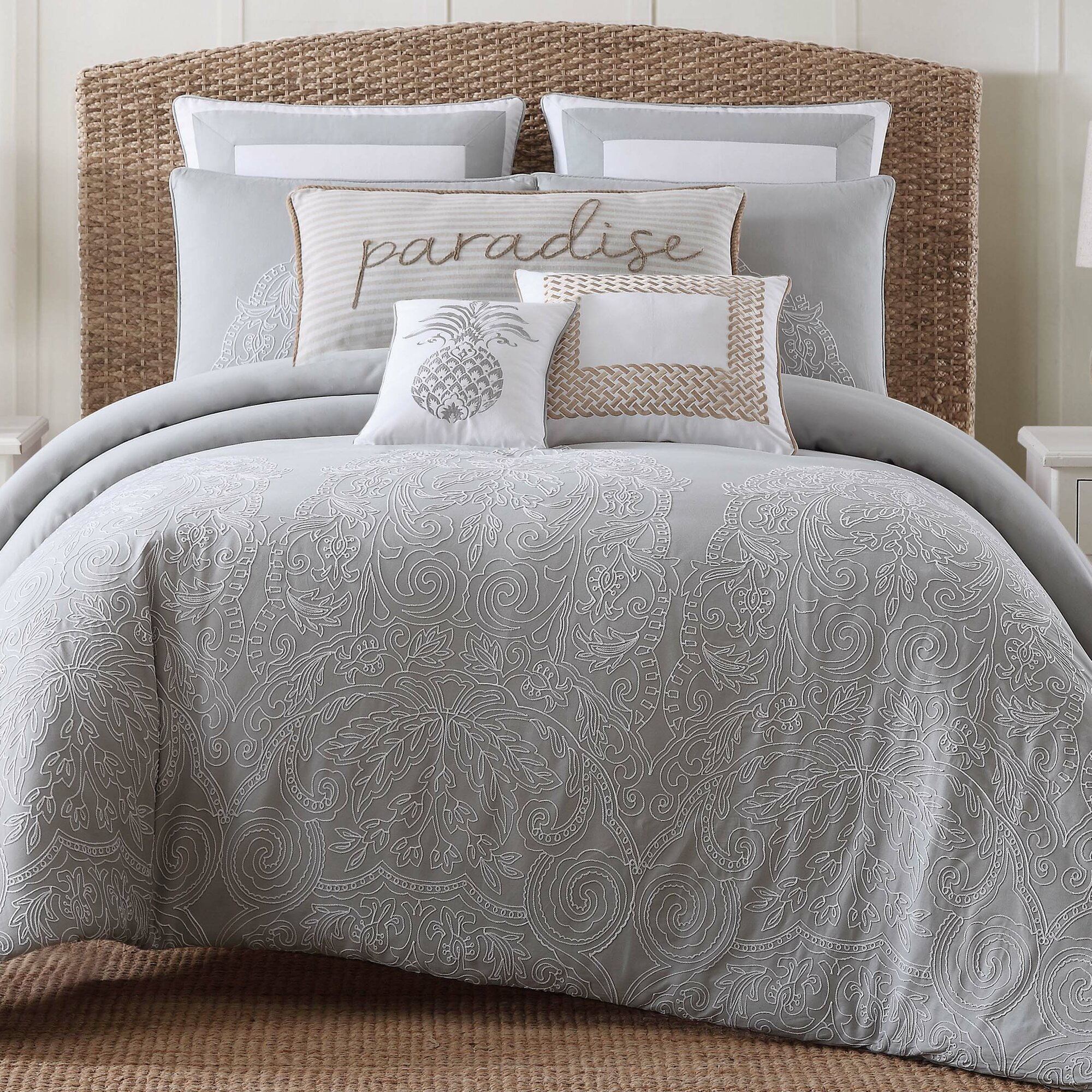 Amabilia Gray White Comforter Set Amp Reviews Joss Amp Main