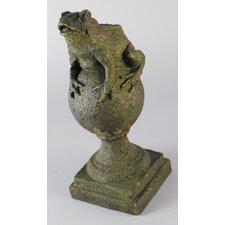 Garden Décor Frog on Finial Statue