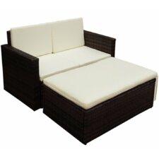Sofa mit Kissen