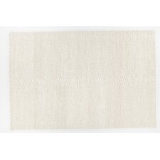 Quina Hand-Woven White Area Rug