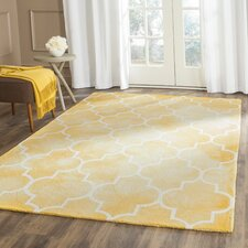 Hand-Tufted Gold/Ivory Area Rug
