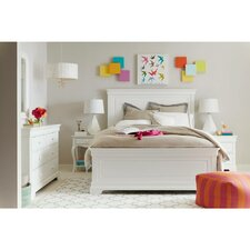 Teaberry Lane Panel Customizable Bedroom Set