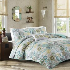 Aguirre Coverlet Set