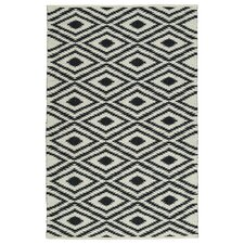 Greenfield White/Black Indoor/Outdoor Area Rug