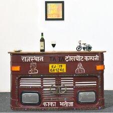 Hausbar mit Weinregal