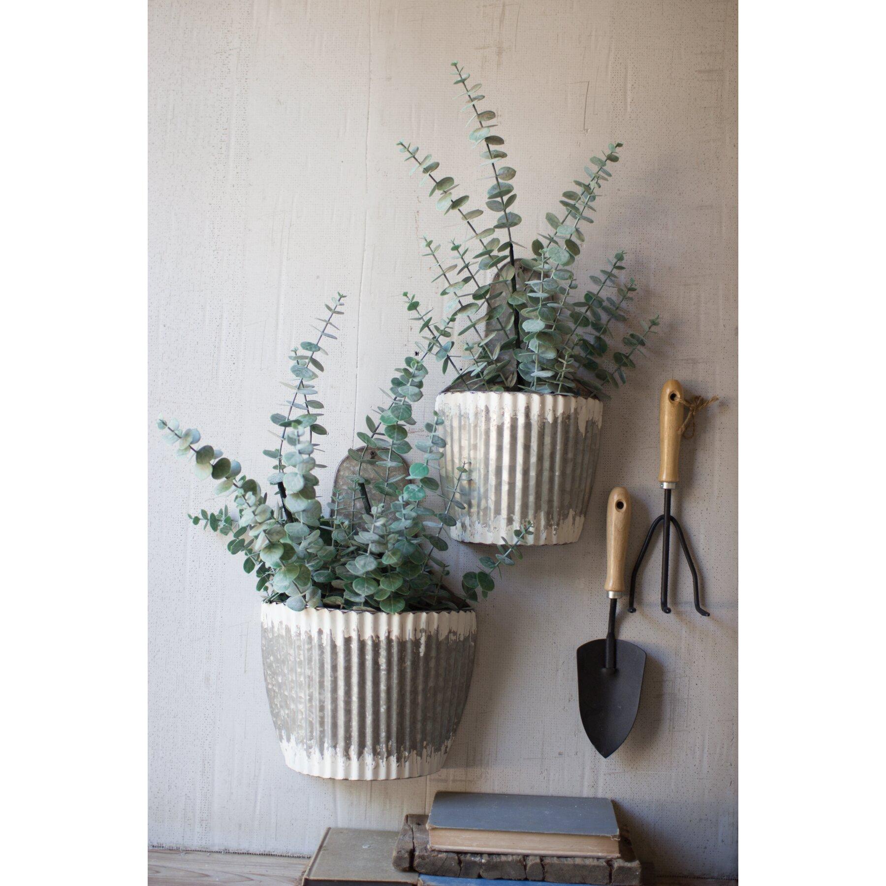 kalalou distressed 2 piece metal wall planter set. Black Bedroom Furniture Sets. Home Design Ideas