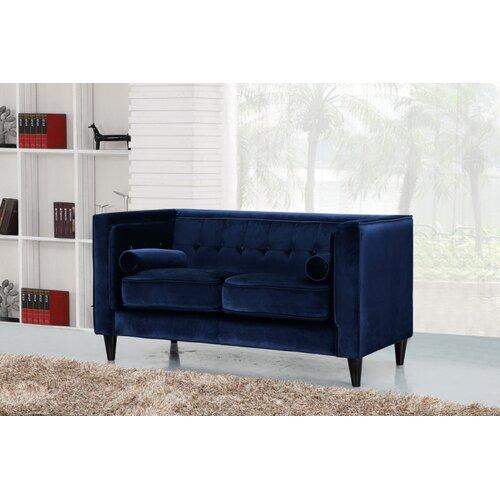 Meridian Furniture Usa Taylor Velvet Loveseat Reviews
