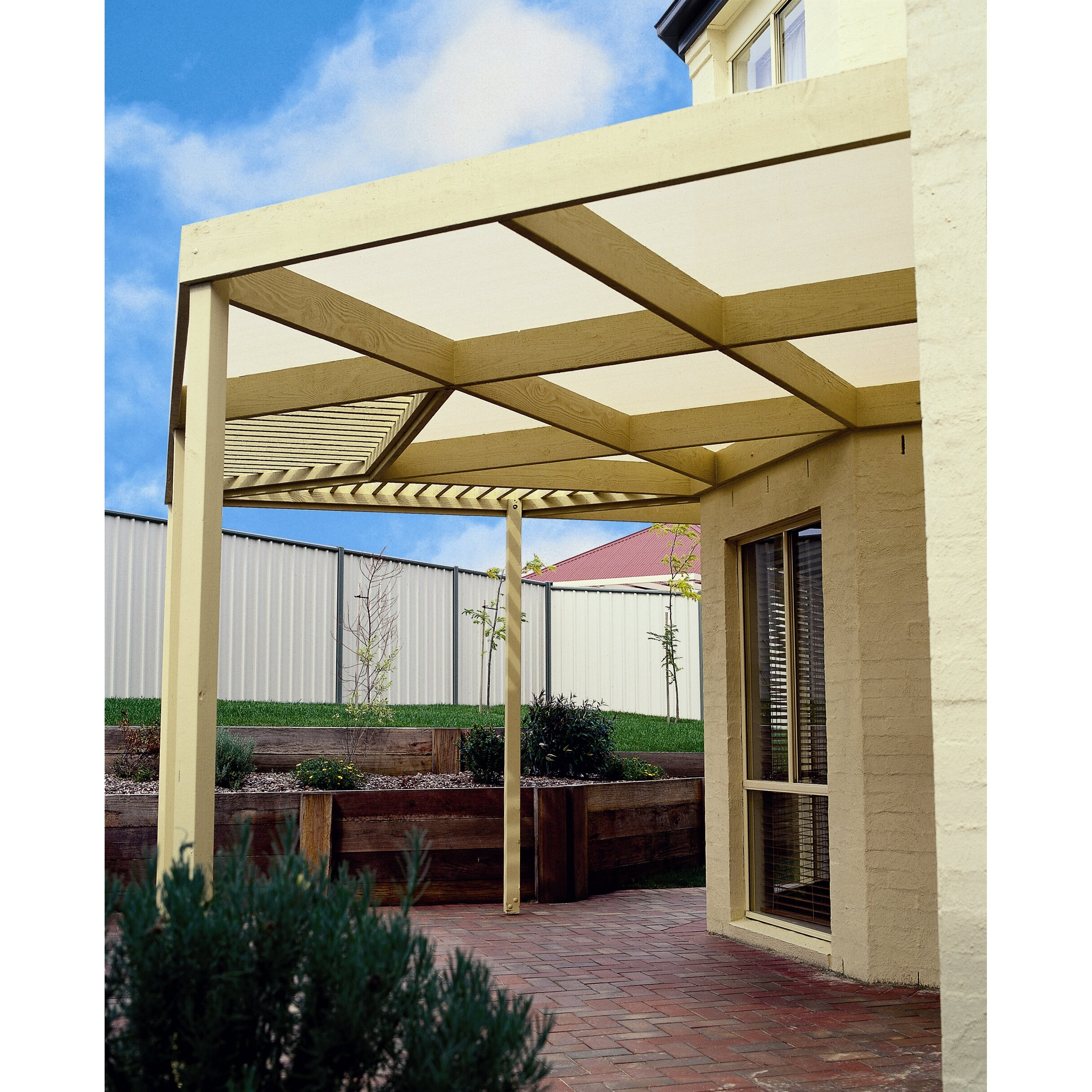 Coolaroo 90 uv block cloth outdoor solar shade reviews for Motorized solar shades reviews