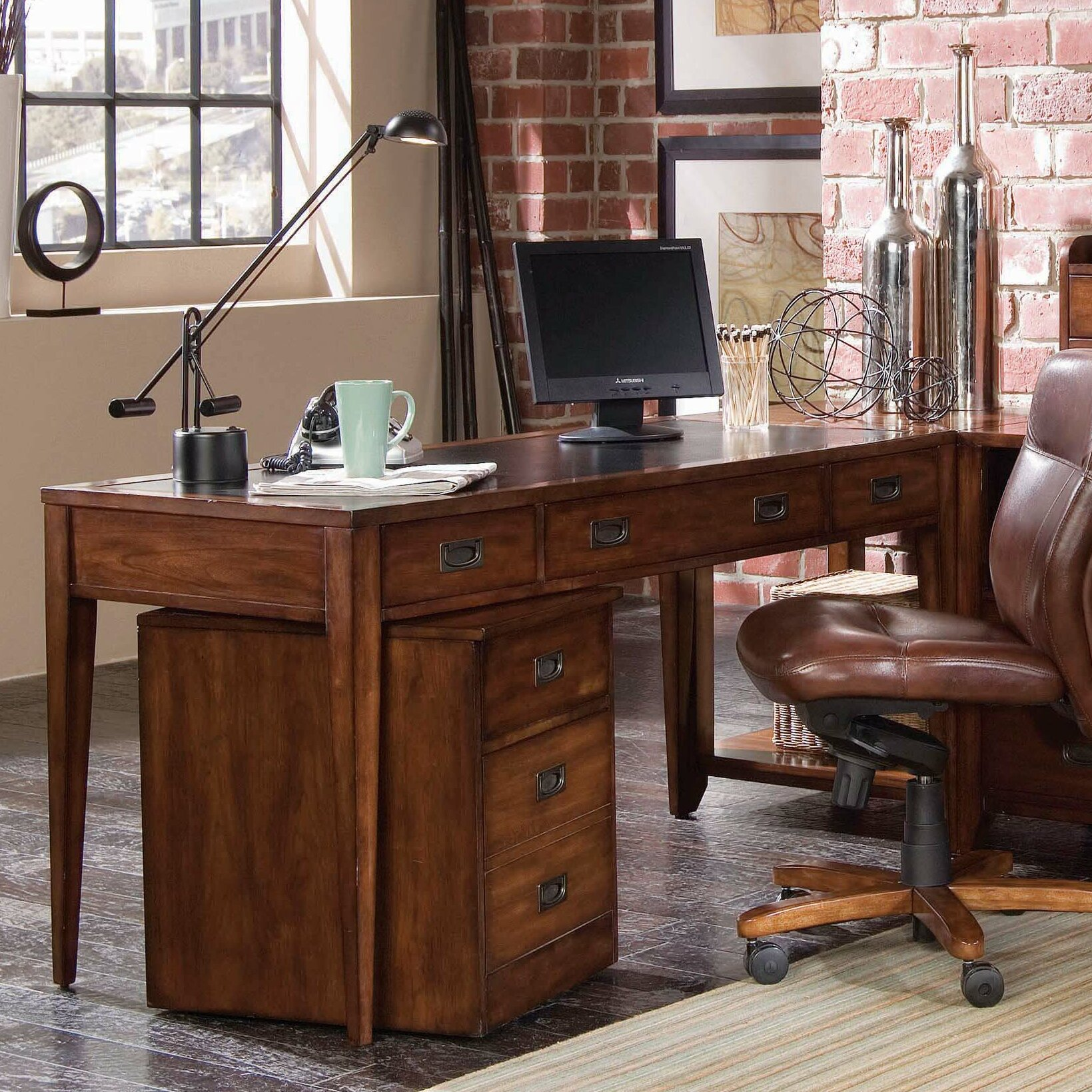 Writing desk with keyboard drawer office