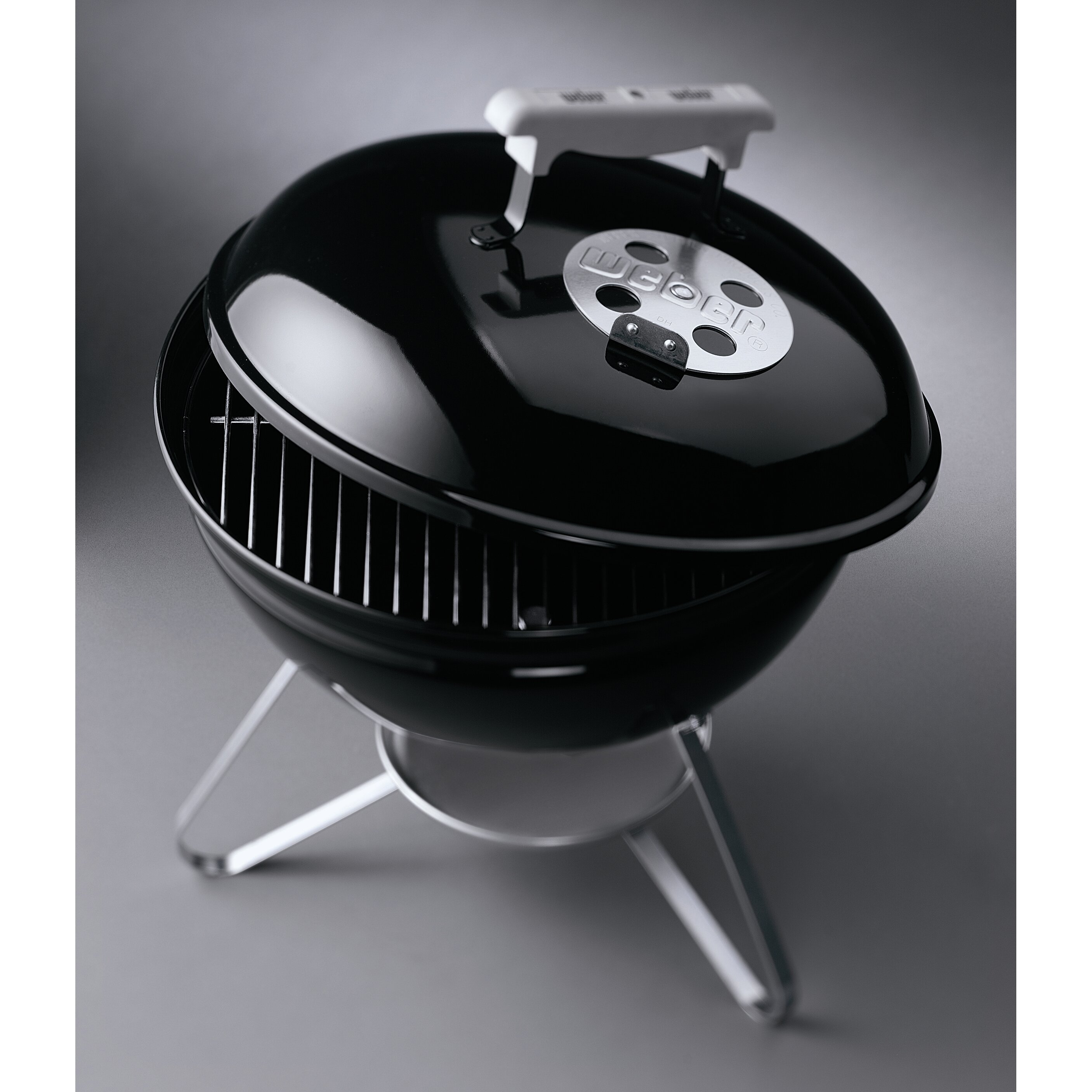weber smokey joe silver charcoal grill reviews. Black Bedroom Furniture Sets. Home Design Ideas