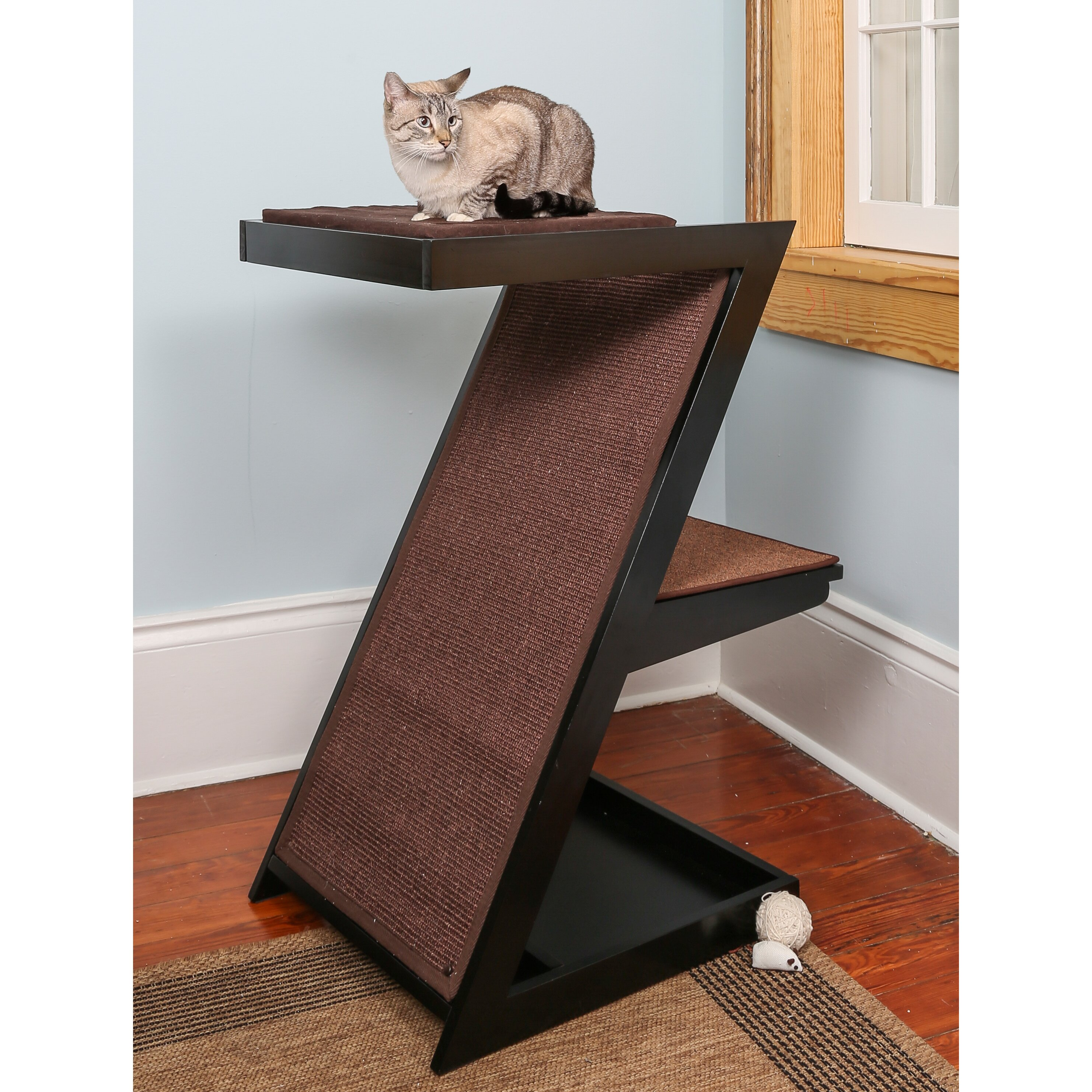 The Refined Feline Zen Cat Scratching Post