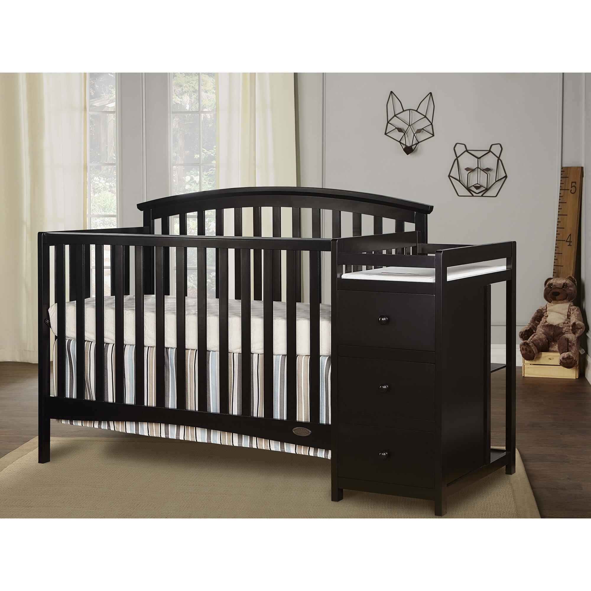 Dream On Me Niko 5-in-1 Convertible Crib and Changer Combo ...