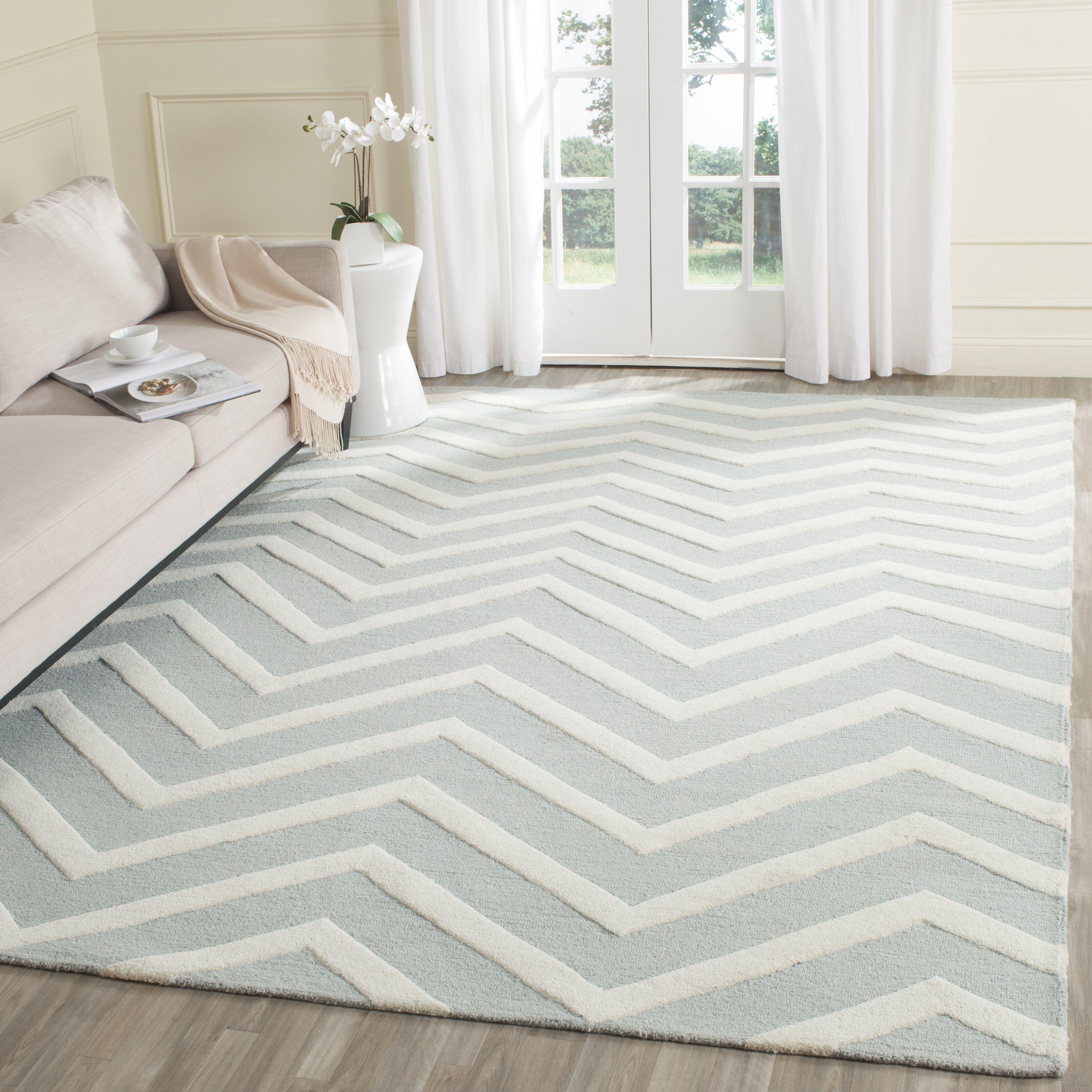 Safavieh Handgetufteter Teppich Newton in Grau