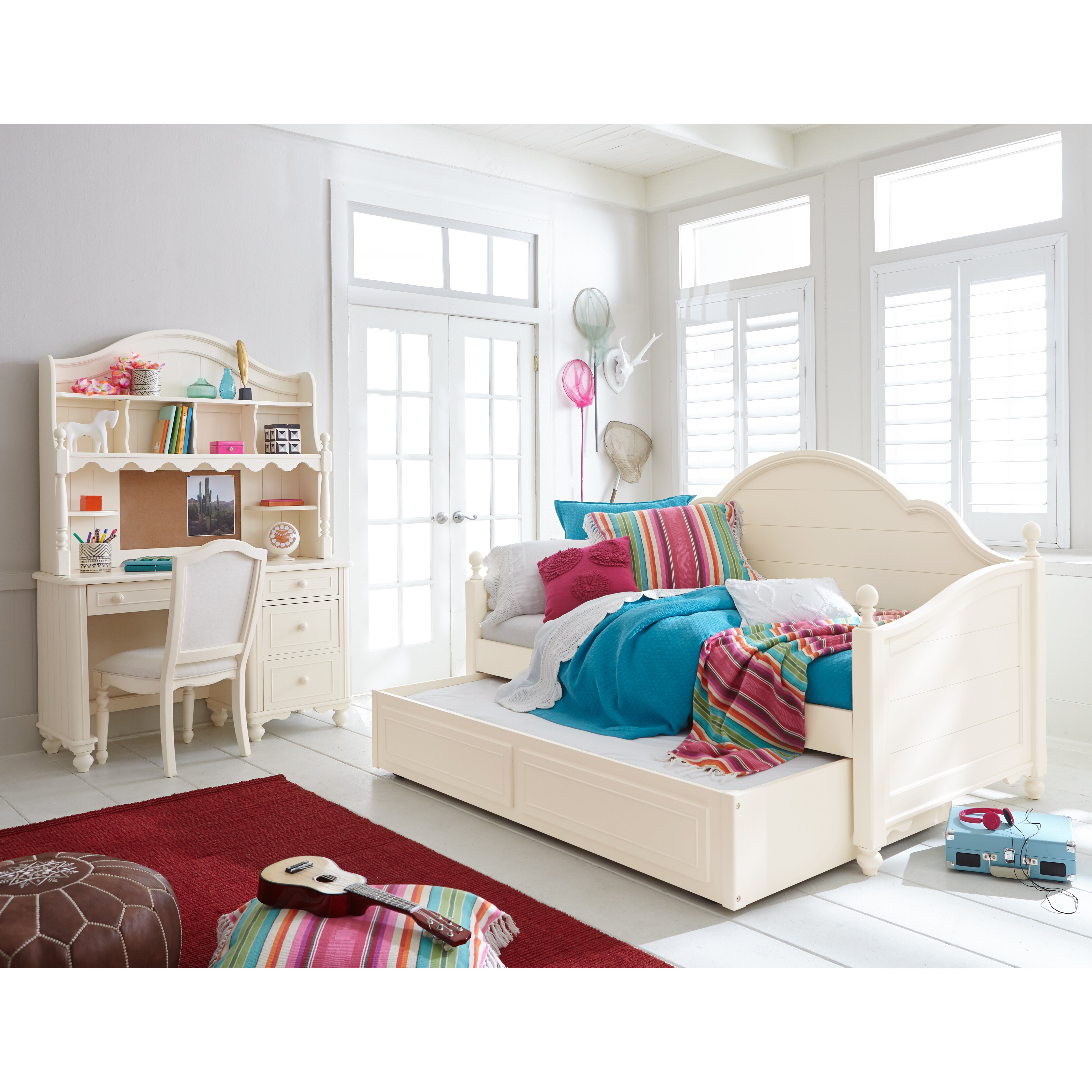 lc kids summerset twin daybed with storage. Black Bedroom Furniture Sets. Home Design Ideas