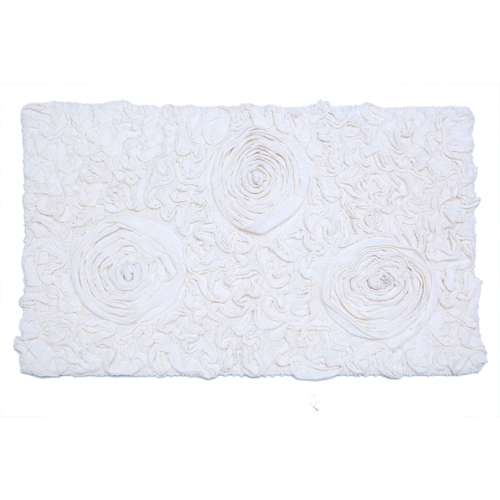 Ess Exports Bell Flower Bath Rug