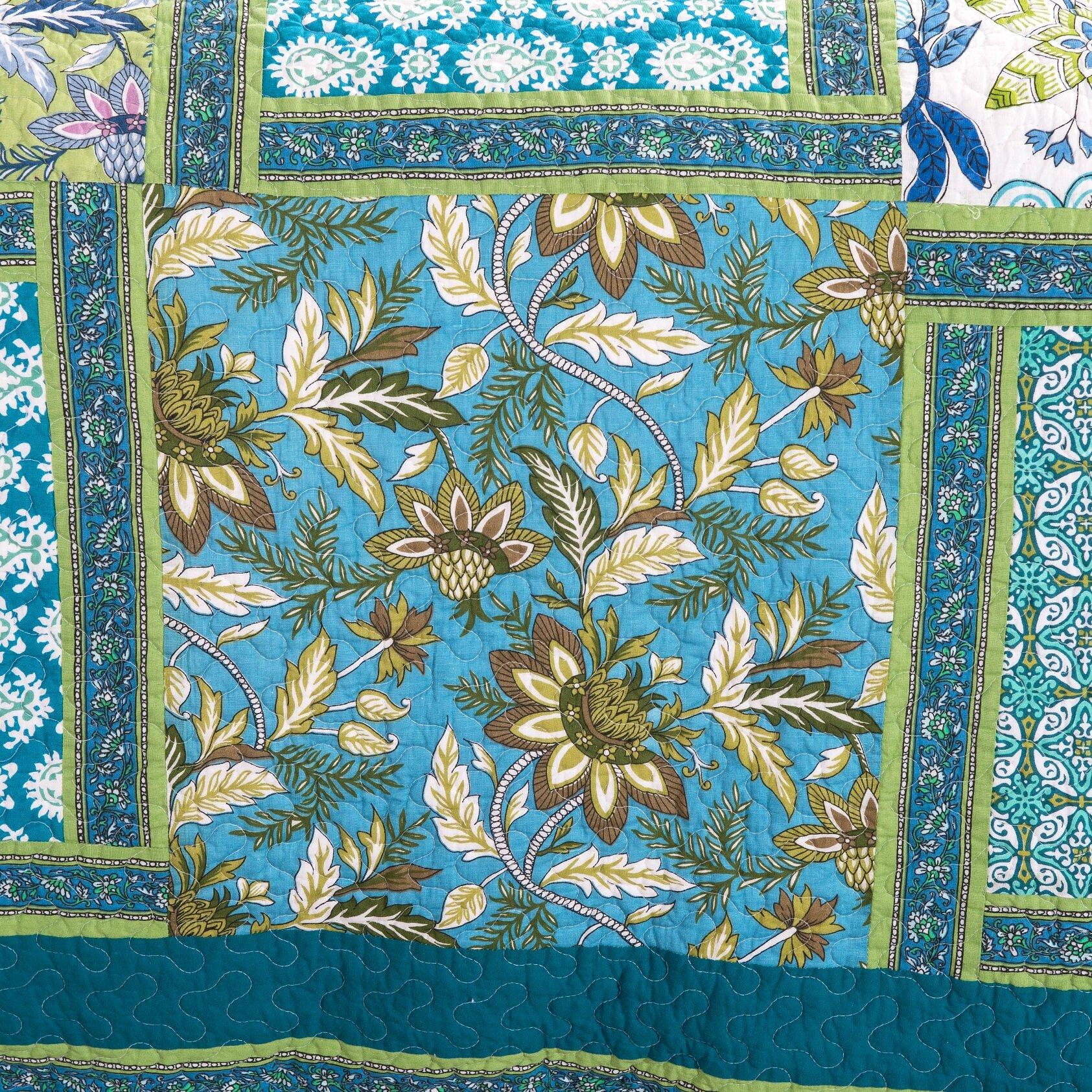 Dada Bedding Greek Mediterranean Fountain Reversible Quilt