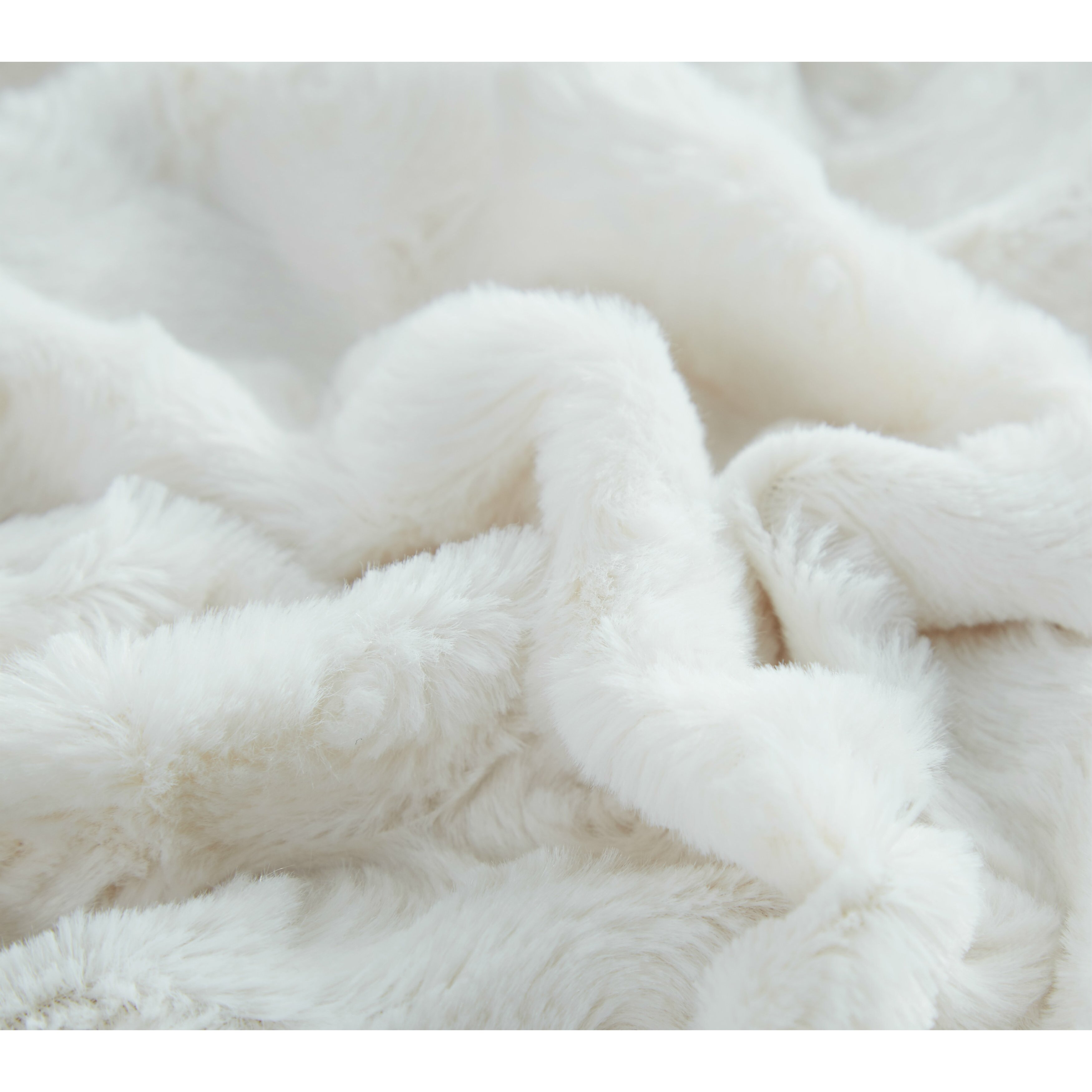 Dada Bedding Luxury Roses Faux Fur With Sherpa Throw