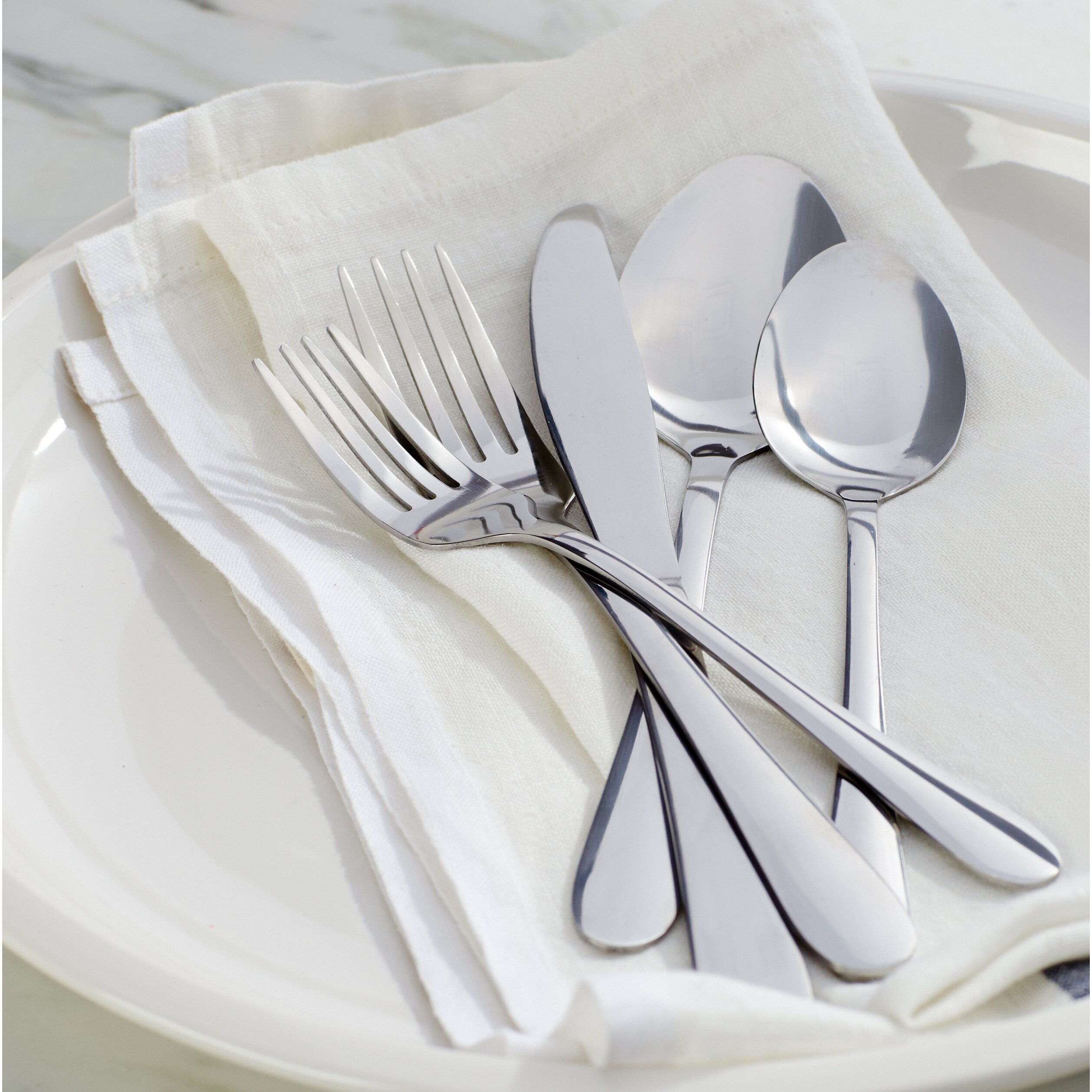 wayfair basics wayfair basics 40 piece stainless steel flatware set reviews. Black Bedroom Furniture Sets. Home Design Ideas