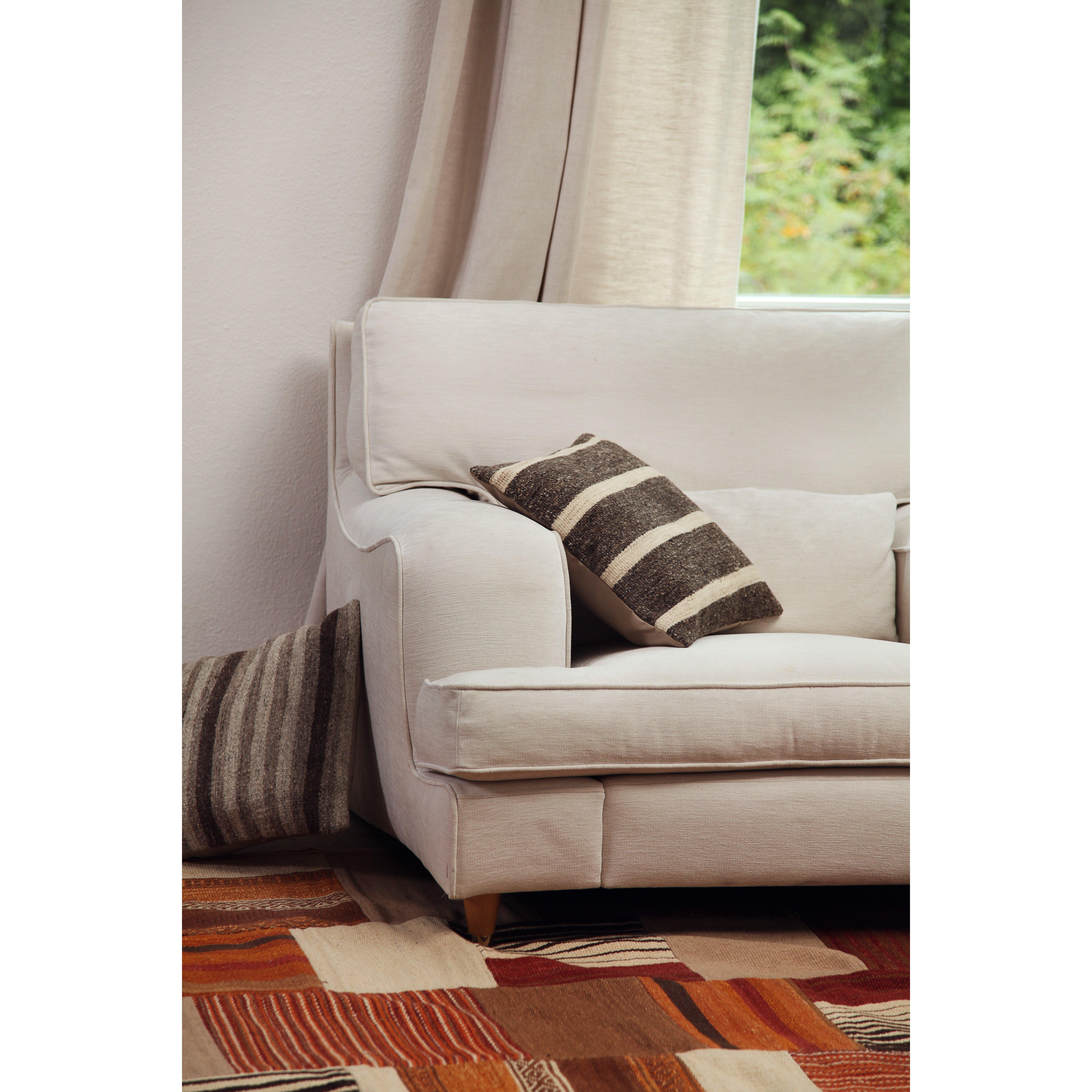 talis vertriebs gmbh handgewebter wohnteppich mash up in. Black Bedroom Furniture Sets. Home Design Ideas