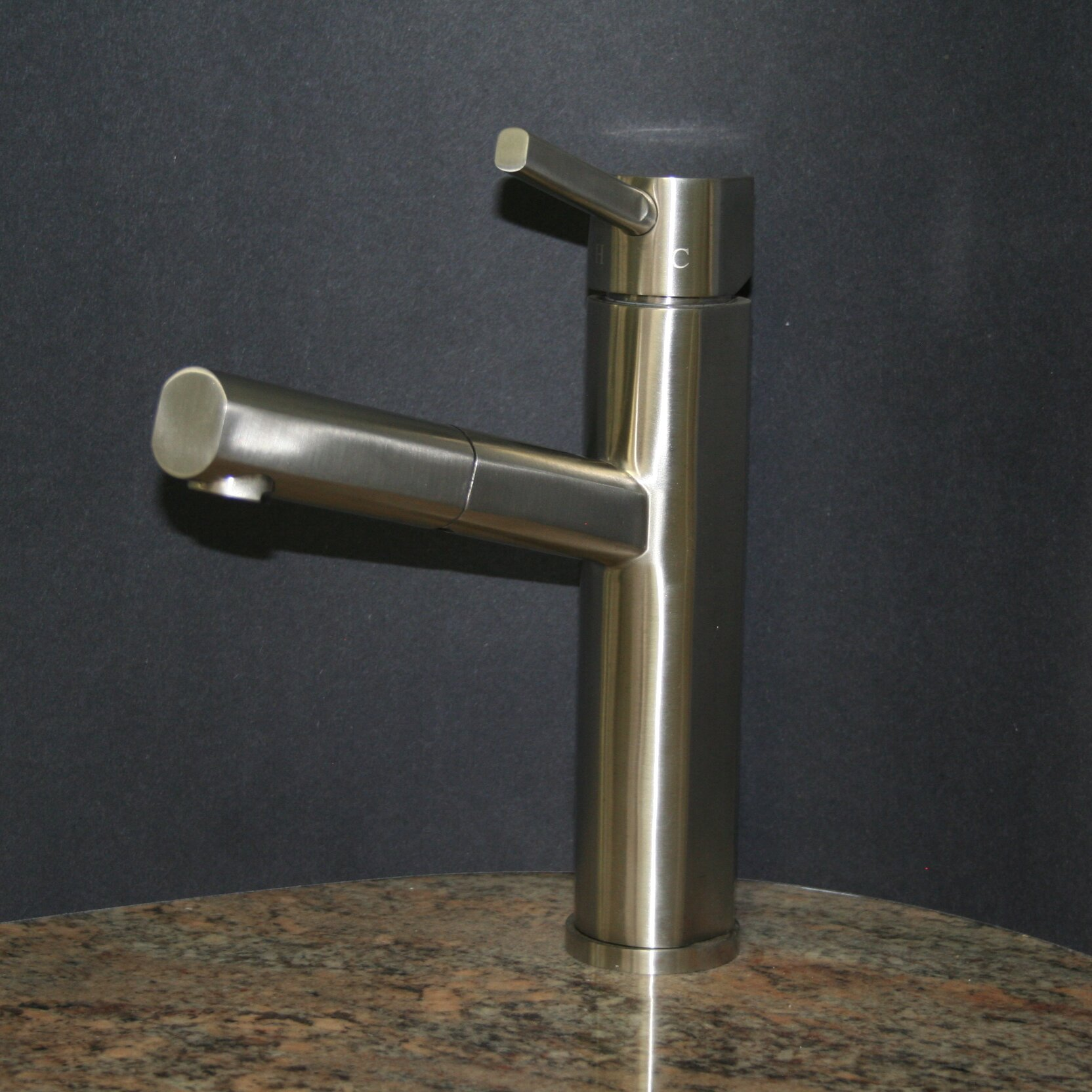 soleil single handle single low profile pull out