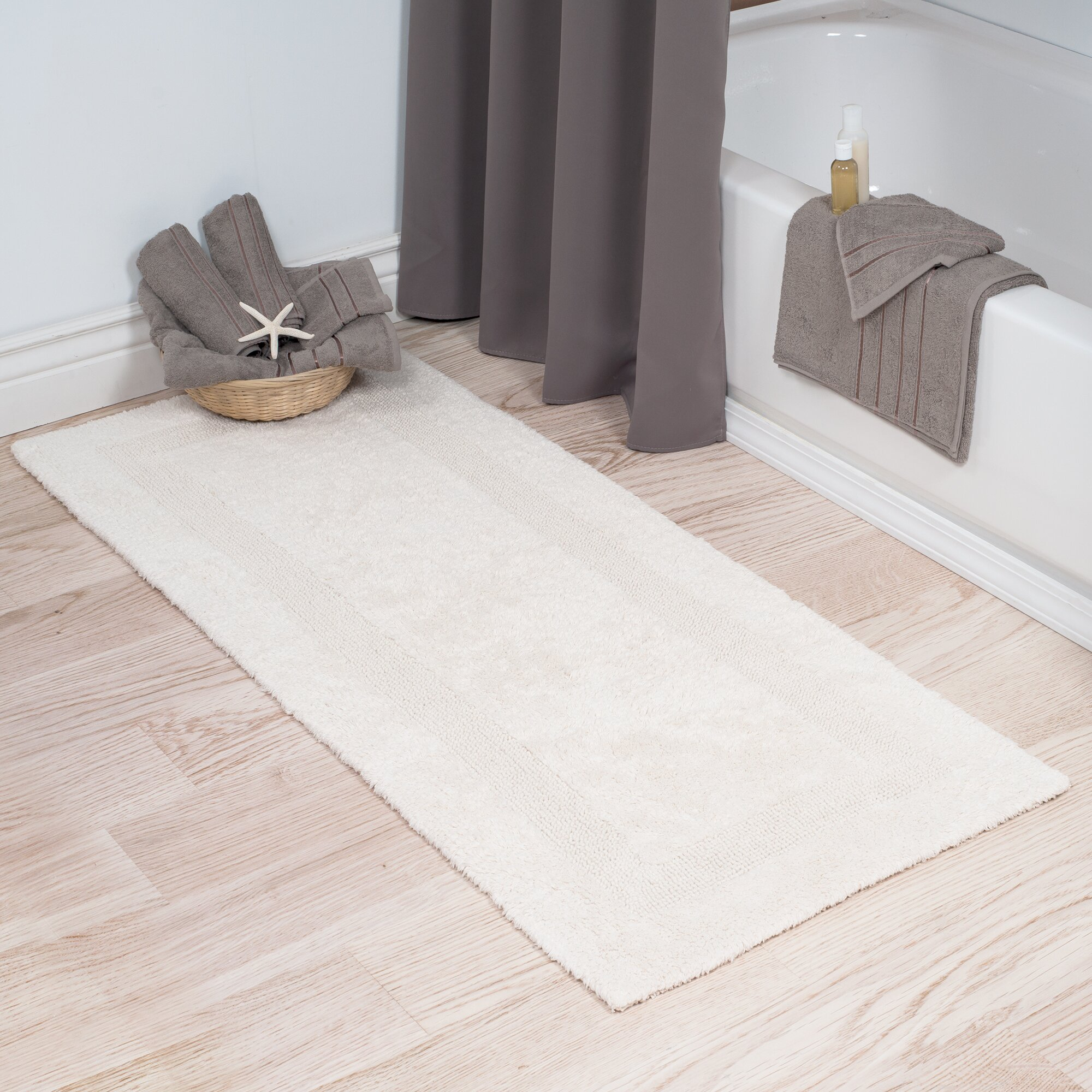 Darby Home Co Baysview Extra Long Reversible Bath Rug