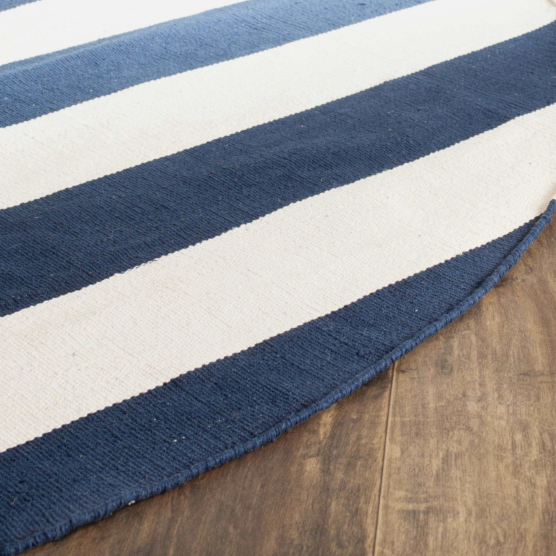 Breakwater Bay Wallingford Hand Woven Navy Ivory Area Rug