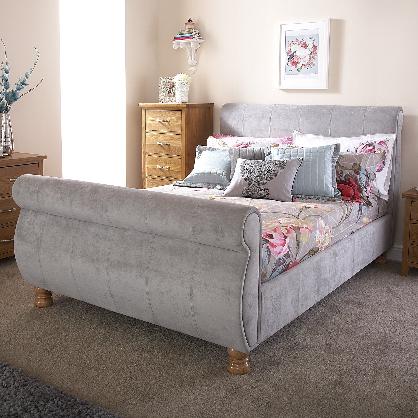 Home loft concept doris upholstered sleigh bed reviews for Concept beds