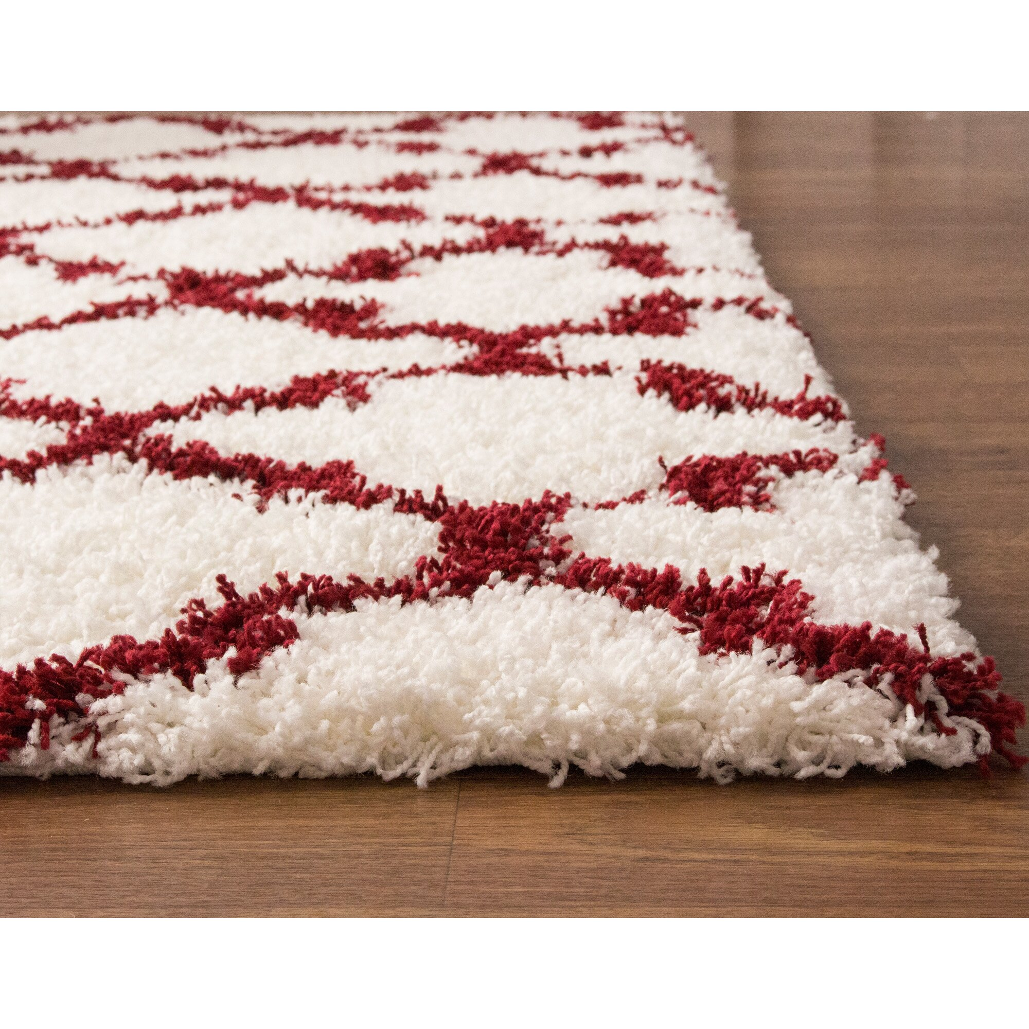 Super Area Rugs Cozy White/Red Area Rug