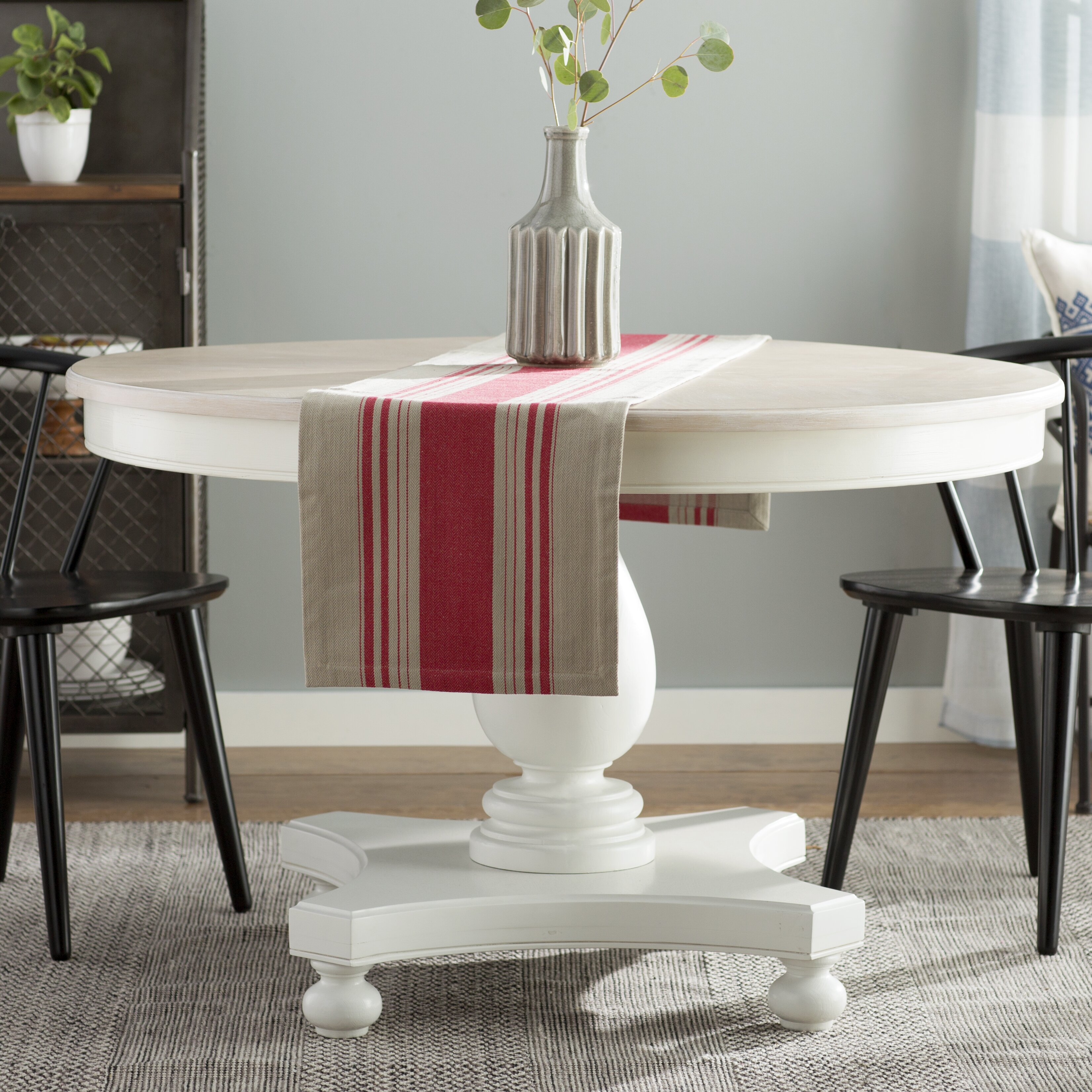 Round Country Kitchen Table